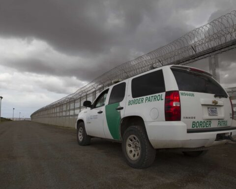 border patrol watches for illegal crossing tijuana