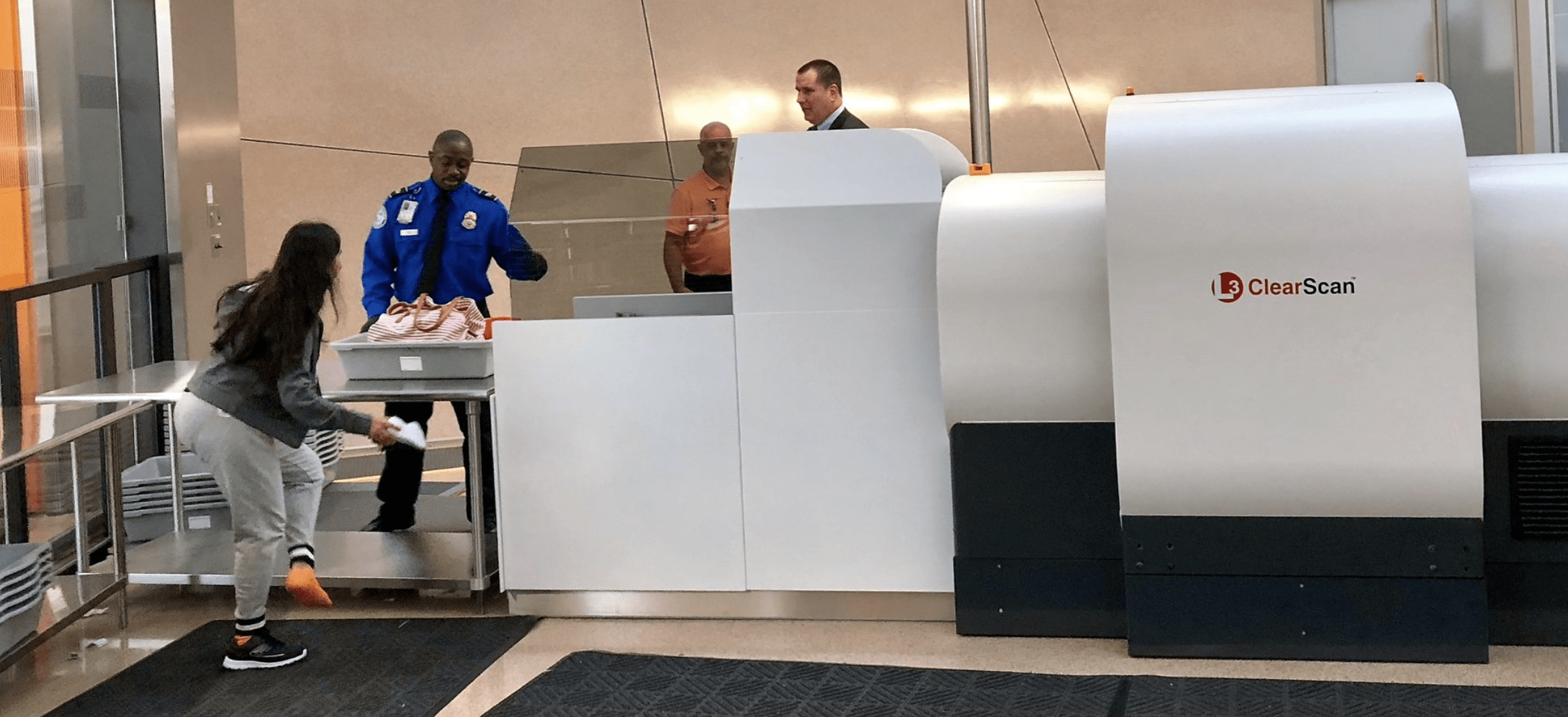 TSA Checkpoint at Dulles Gets New State-of-the-Art 3-D Scanner