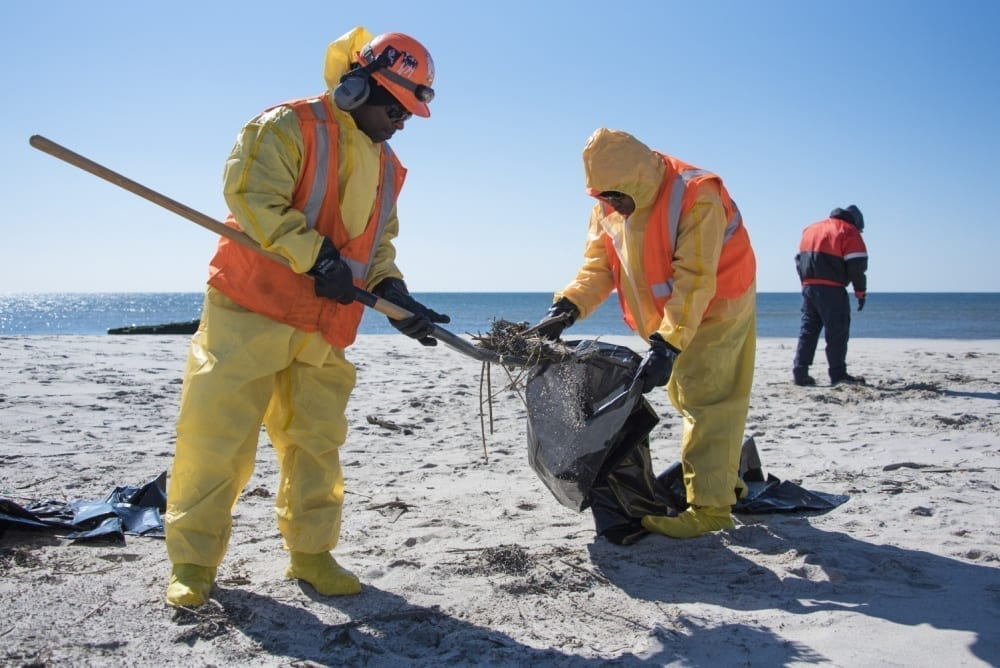 oil shore cleanup Jacob Riis Park Beach