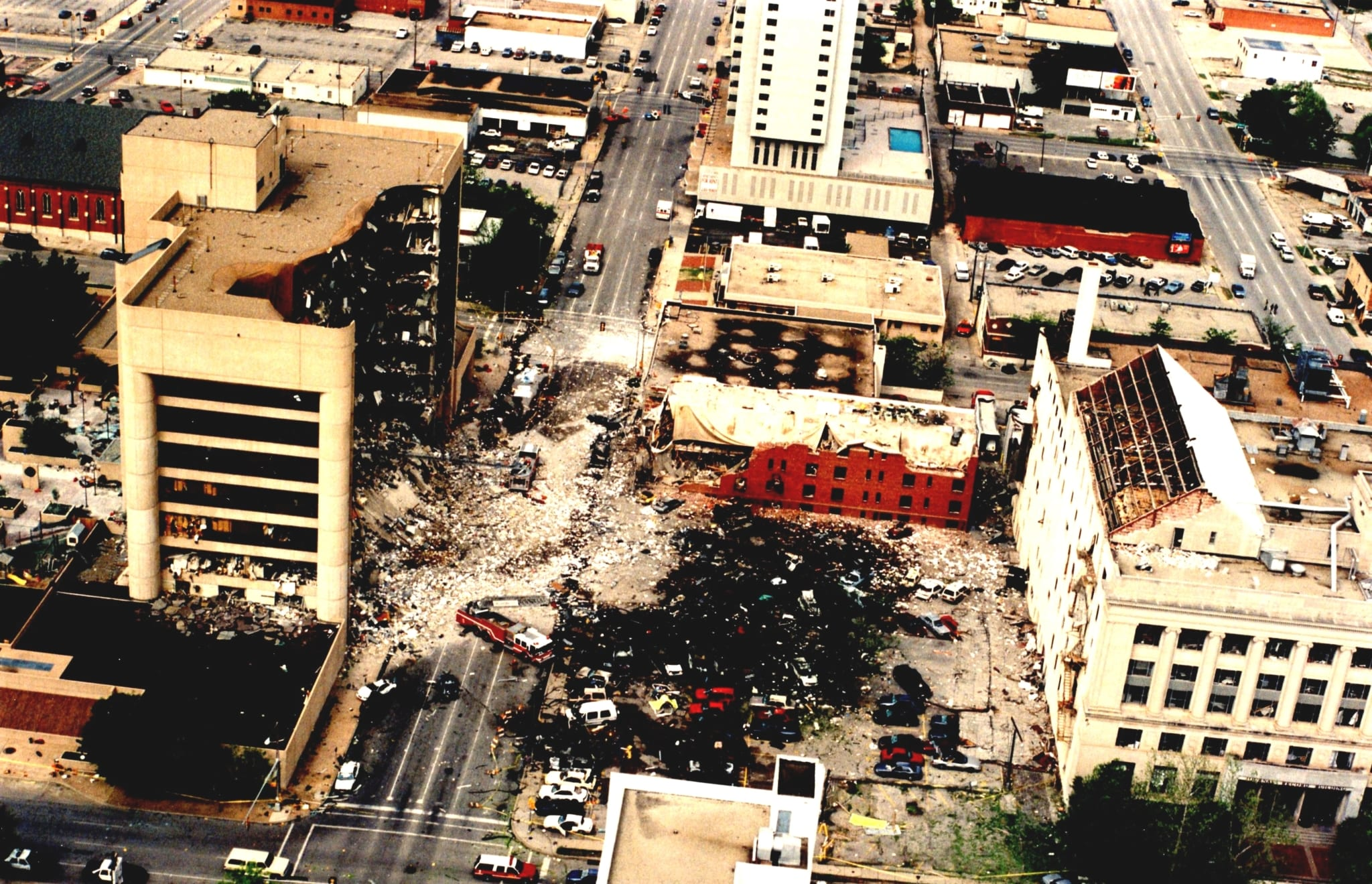 Aftermath of Oklahoma City Bombing (1)