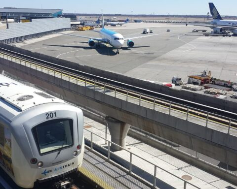 JFK International Pilots Nation's First In-Airport COVID-19 Testing Facility